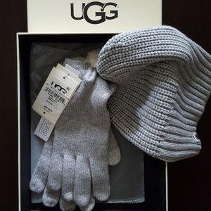 UGG Hat & Glove Set